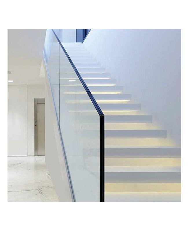 Garde corps escalier en verre feuilleté trempé securit D500