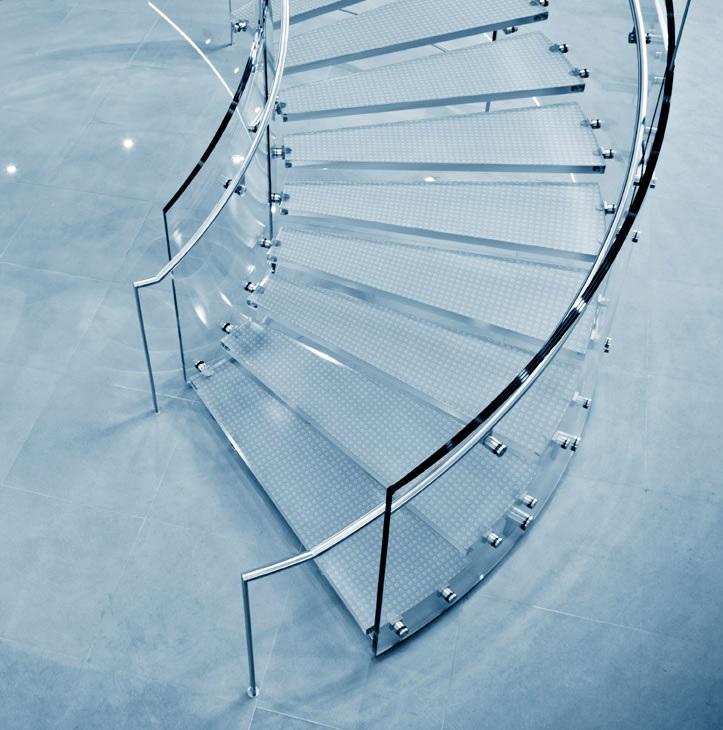 Dalle de sol et escalier en verre sur mesure