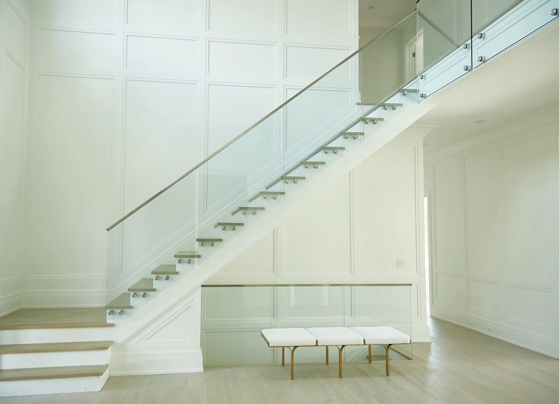 Vitres et pinces verre pour garde-corps, balustrades, balcon