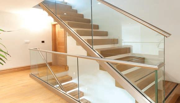 balustrade verre pour rampe d'escalier