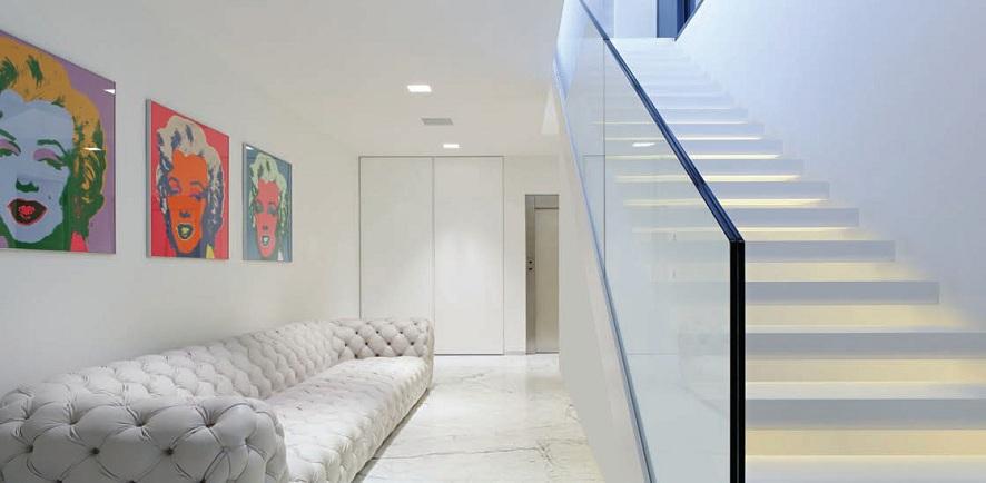 garde-corps verre escalier intérieur loft