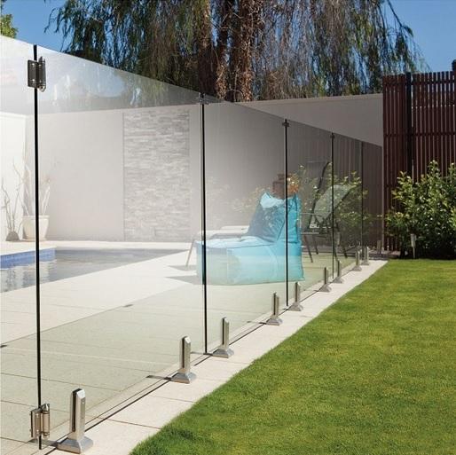 portillon piscine verre transparent